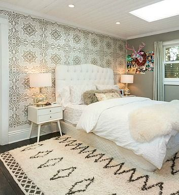 """BHG says: """"Rather than wallpapering a whole room, try it on just an accent wall or in a small space, such as an entryway or powder room.""""  Since Home Plus got out of the wallpaper business 10 years ago, we've heard it was """"coming back"""" many times."""