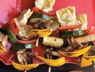 Antipasti aux légumes grillés et trempette aux poivrons rouges rôtis