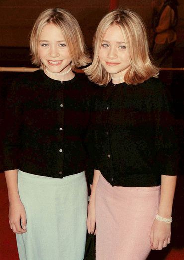 Ashley et Mary Kate Olsen en 1999