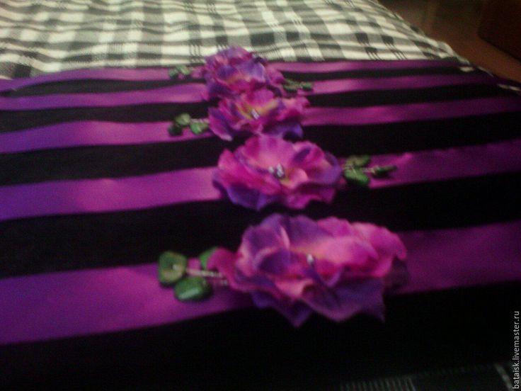 Купить браслеты подружек невесты - фиолетовый, цветочный, лента шёлковая, цветы из ткани, бусины пластиковые