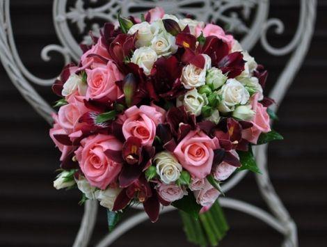 #Buchet de #mireasă #Baccara cu #orchid și #rosa cu #livrare în #Chișinău. #bridalbouquet #nunta #cununie