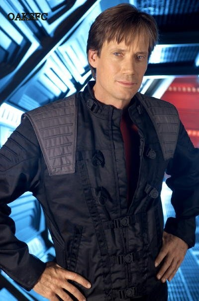 Captain Dylan Hunt (Kevin Sorbo) of the Andromeda Ascendant.
