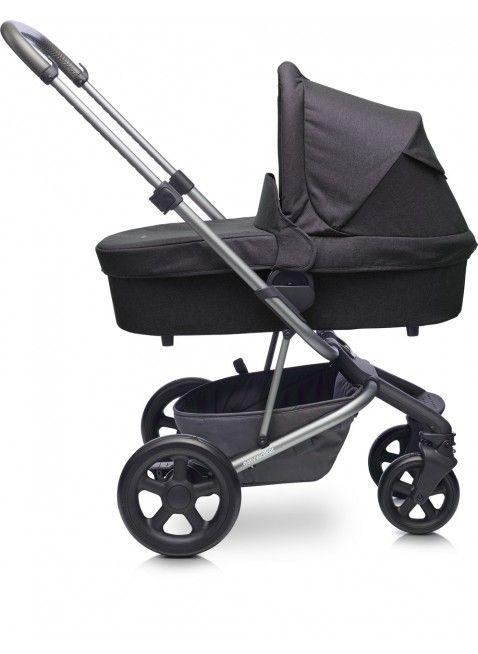 Easywalker Harvey Kinderwagen mit Babywanne Coal Black - Kleine Fabriek. Mehr Infos auf https://www.kleinefabriek.com/.