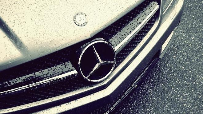 Covesia.com - Pabrikan mobil asal Jerman, Mercedes-Benz sukses menguasai penjualan mobil mewah di Amerika Serikat sepanjang tahun 2016.Sukses Marcedes itu...