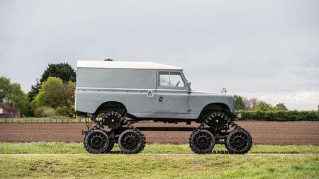 Este Cuthbertson Land Rover de 1958 no es un simple todoterreno... ¡es todo un tanque! - https://tuningcars.cf/2017/07/17/este-cuthbertson-land-rover-de-1958-no-es-un-simple-todoterreno-es-todo-un-tanque/ #carrostuning #autostuning #tunning #carstuning #carros #autos #autosenvenenados #carrosmodificados ##carrostransformados #audi #mercedes #astonmartin #BMW #porshe #subaru #ford