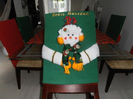 9 best images about decoraci n de sillas navide as on for Sillas tapizadas estampadas