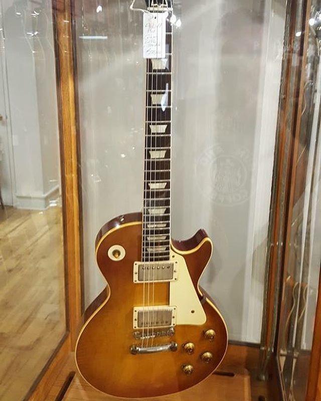 Beautiful 1960 Gibson Les Paul Burst.
