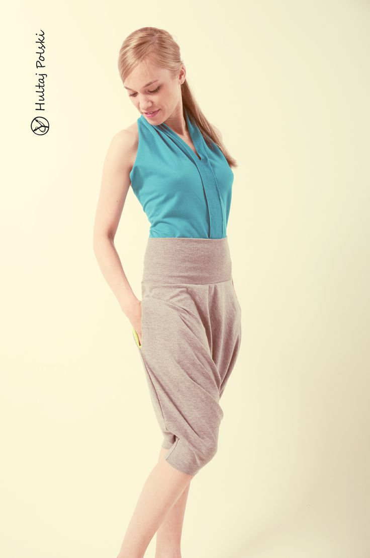 Short summer baggy trousers with color internal pockets. Do you like it? #hultajpolski #summertrousers #baggytrousers