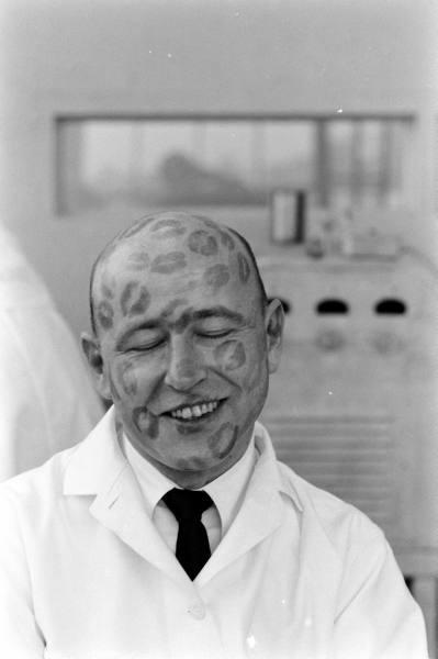 Lipstick testing. Yale Joel, Life magazine 1950s.