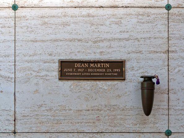 Unusual Tombstones and Mausoleums   , Headstones and Mausoleums on Pinterest   Unusual headstones ...