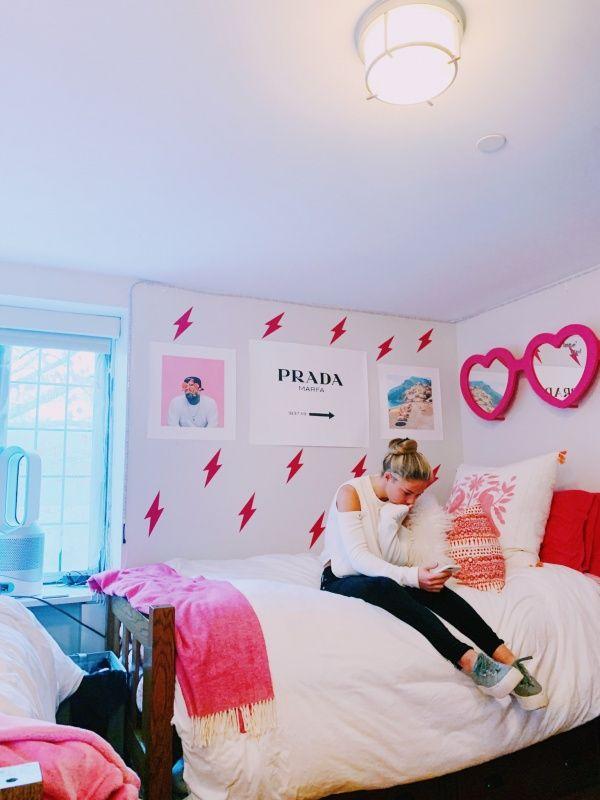 Pinterest Chloechristner Preppy Room Dorm Room Designs Dorm Room Inspiration