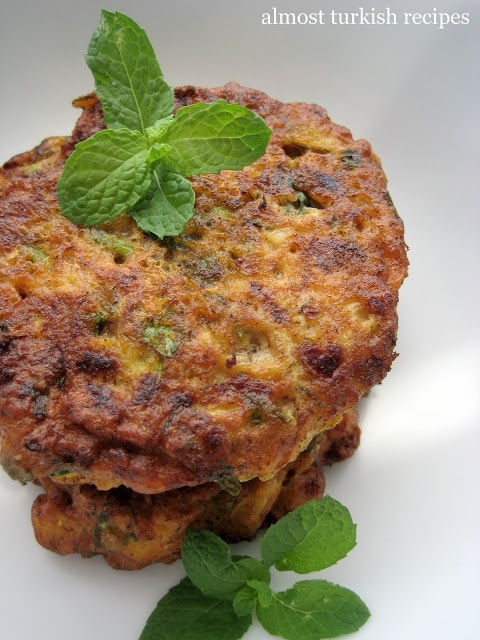 Almost Turkish Recipes: Zucchini Fritters (Mücver)