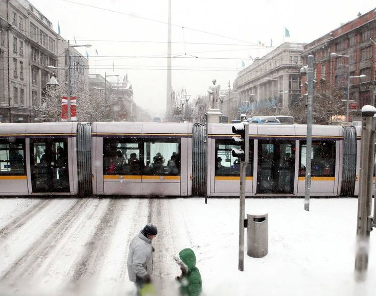 Atlantic storms to be replaced with snow, ice and freezing weather - Met Eireann has this morning warned of frost and icy patches on roads as temperatures are expected to remain between 5-8 degrees.