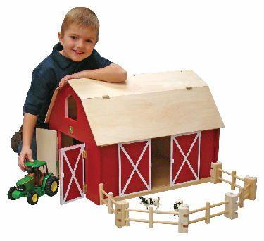 John Deere Wooden Big Barn Set w Fencing - Ertl/Learning Curve