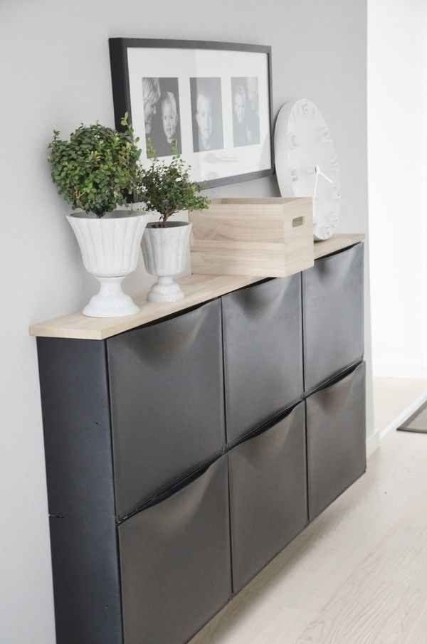 Need storage in a narrow space like a hallway? Trones and Ekby Trgyvve shelves... Looks incredible!