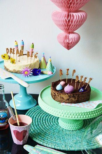 Melamine Cake Stand with Stem