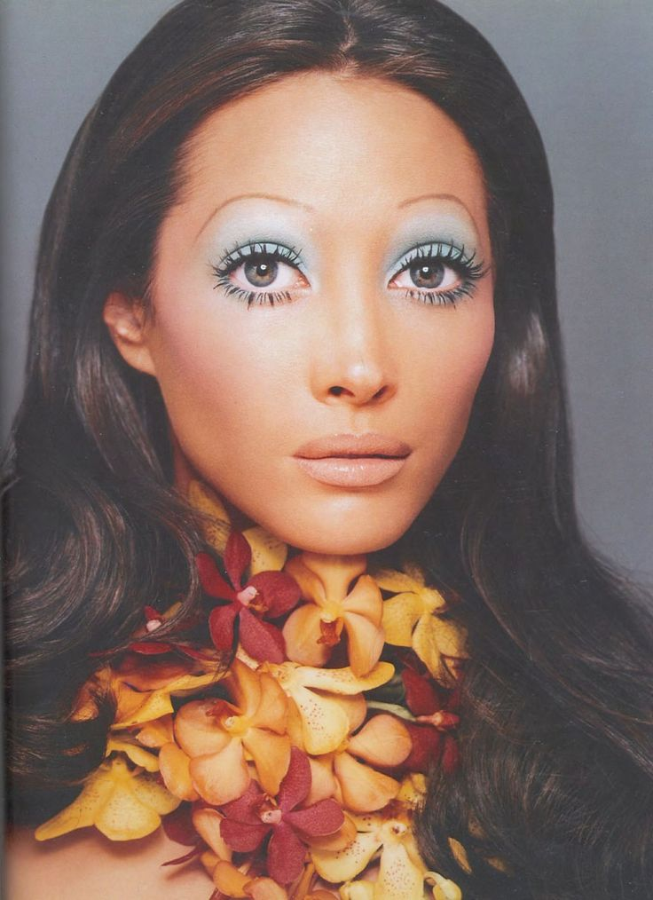 Christy Turlington made up as Marisa Berenson. Make-up by Kevin Aucoin
