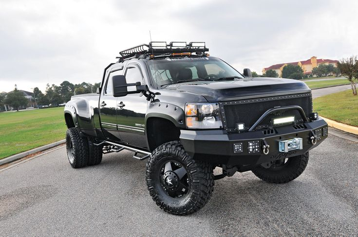 One badass Silverado 3500 dually - Chevy and GMC Duramax Diesel Forum