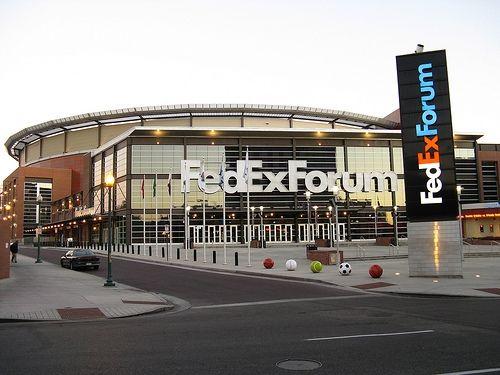 ElvisMatters - uit eerbied en respect voor the King   FedEx Forum is locatie van The Wonder Of You