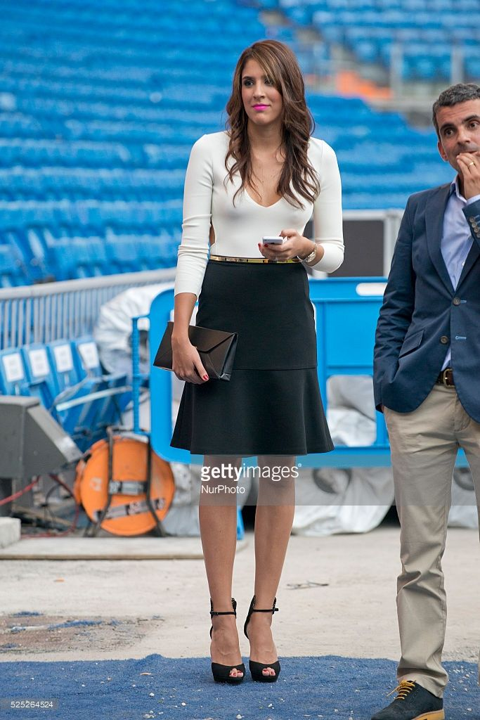 Daniela Ospina wife the James Rodriguez during his unveiling as a new Real Madrid player at the Santiago Bernabeu stadium on July 22, 2014 in Madrid, SpainPhoto: Oscar Gonzalez/NurPhoto