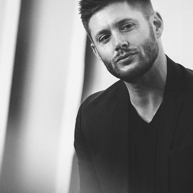 Jensen Ackles - so handsome