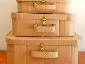 La valise en carton ... - par Fées Maison