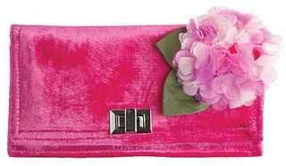 A classically beautiful wallet which is adorned with our gorgeous Hydrangea design, this is a very stylish addition to your handbag!