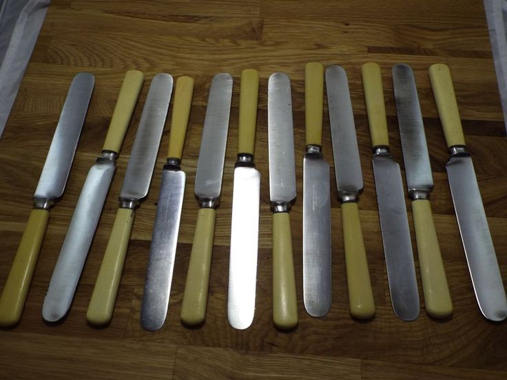 antique Celluloid Handle VTG carbon steel Meriden Cutlery 12 Table Knives set