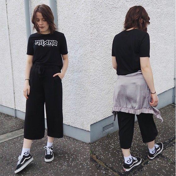 Natasha Hide - Zara Black Culottes, Zara Graphic T Shirt, Asos Calvin Klein Socks, Old Skool Vans - Old skool casual!