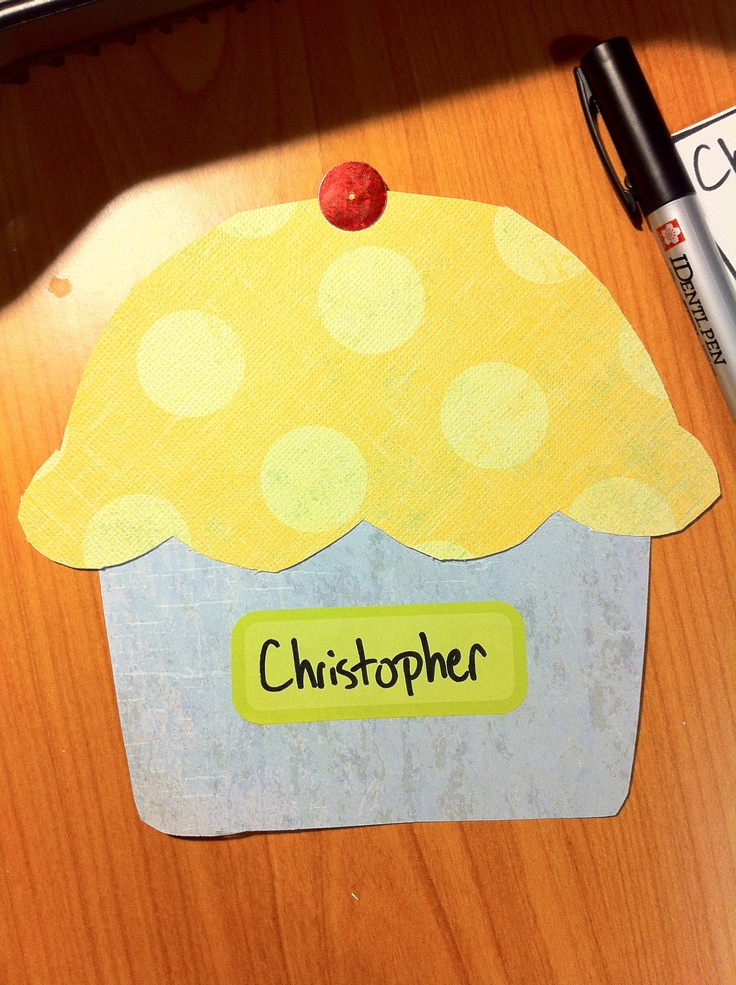 CUP CAKES for name tags! & 112 best Door decorations images on Pinterest | Ra door decs Res ... Pezcame.Com