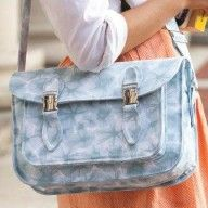 This free Lisa Lam pattern is a dead-ringer for the type of leather school satchel I used at Grammer school in England umpty-umpth years ago! Just begging to be made of faux leather!