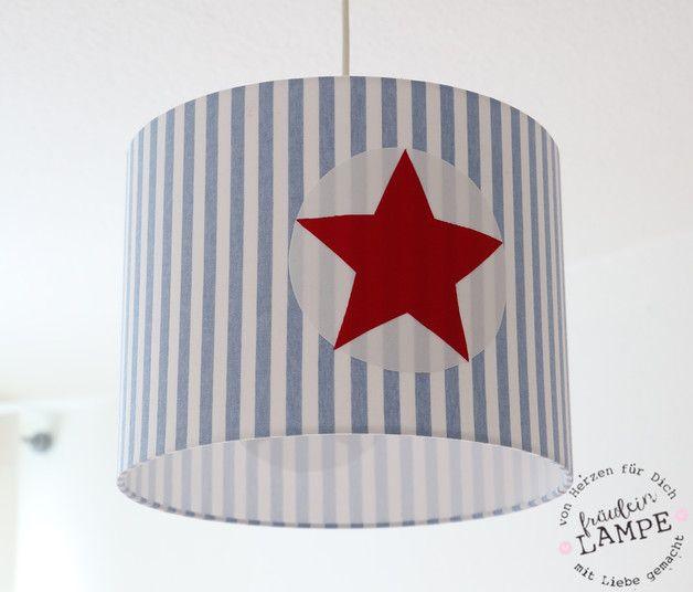 Hier könnt Ihre einen wunderschönen Lampenschirm kaufen. Er ist 30 cm im Durchmesser und 23 cm in der Höhe. Ihr könnt ihn als Hängelampe oder aber auf Wunsch auch als Schirm für eine Stehlampe...