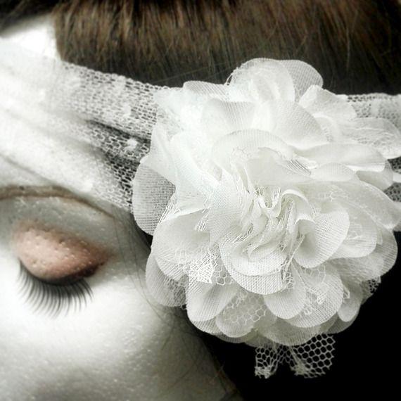 Fascia per capelli da sposa con fiore in plumetis