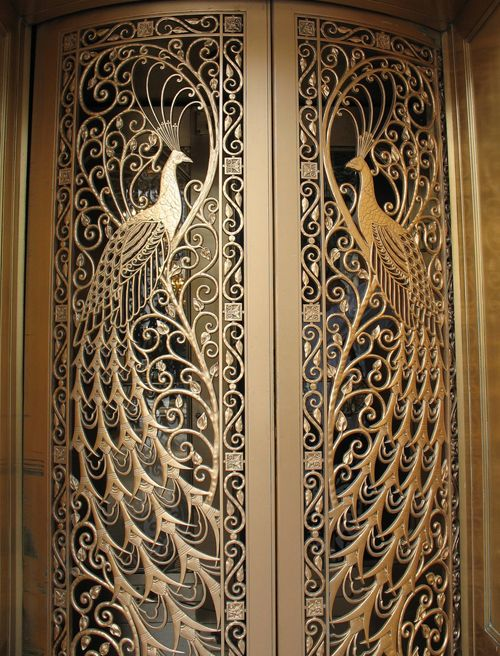 Door to the former C.D. Peacock jewelry store on State Street at Monroe in Downtown Chicago, Illinois.