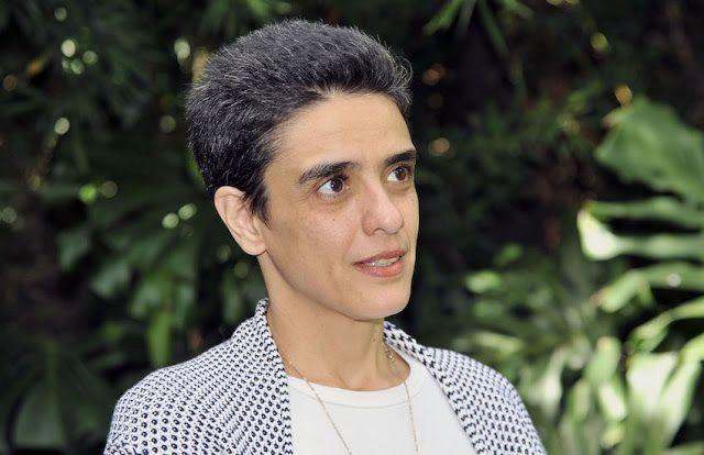 """Sylvia Colombo: """"El análisis es necesario para poner orden en el actual bombardeo de información"""""""