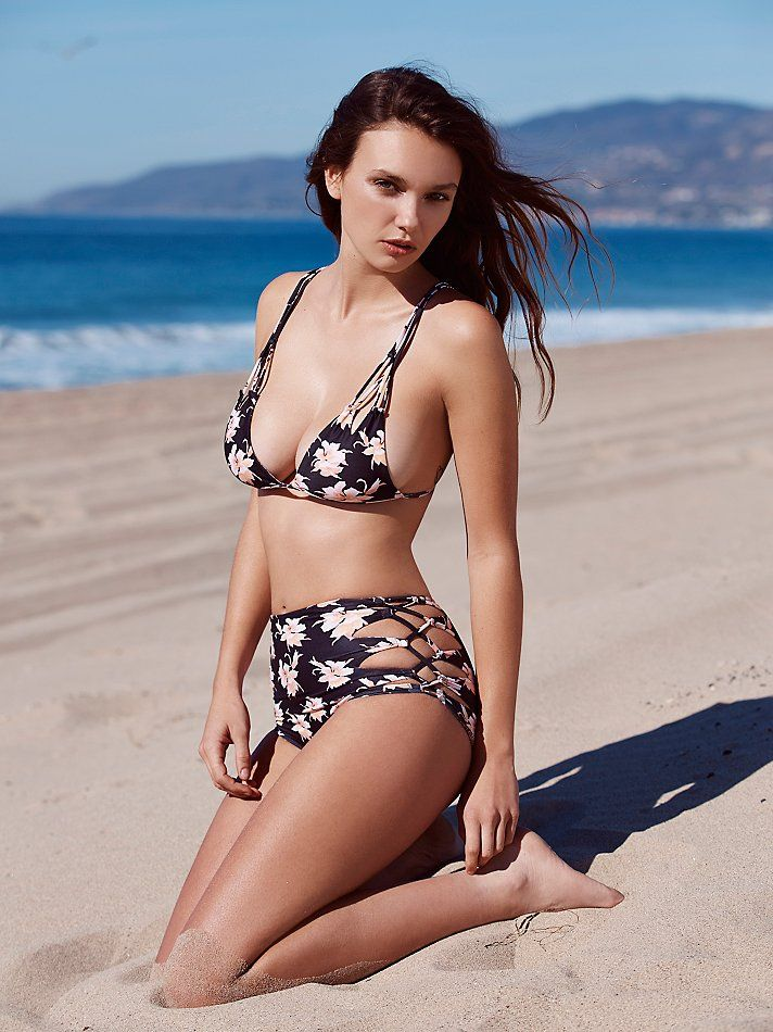 Queens Printed Bikini Bottoms | Floral printed high waisted bikini bottoms featuring crisscross side ties with cutout detailing.  Cheeky fit.