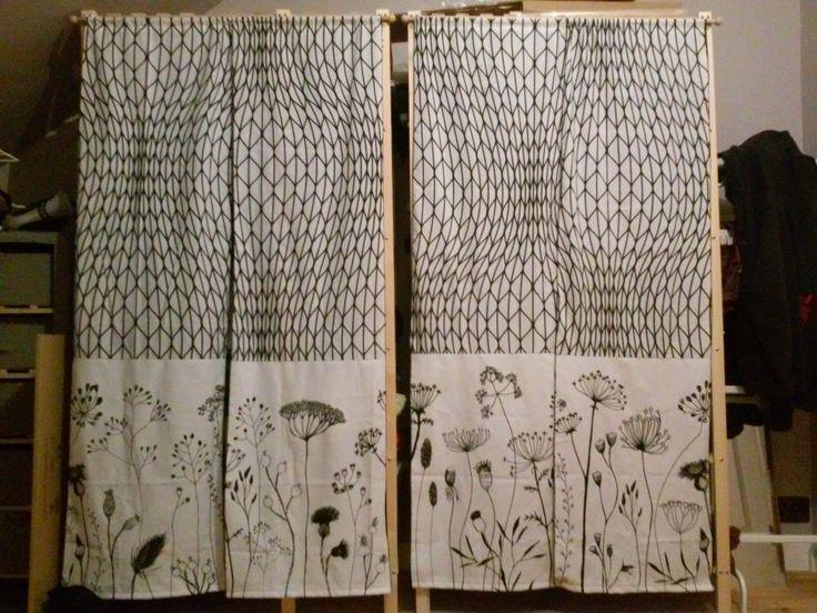 penderie ikea tissu tagres ikea kallax en ides de rangement pratiques with penderie ikea tissu. Black Bedroom Furniture Sets. Home Design Ideas