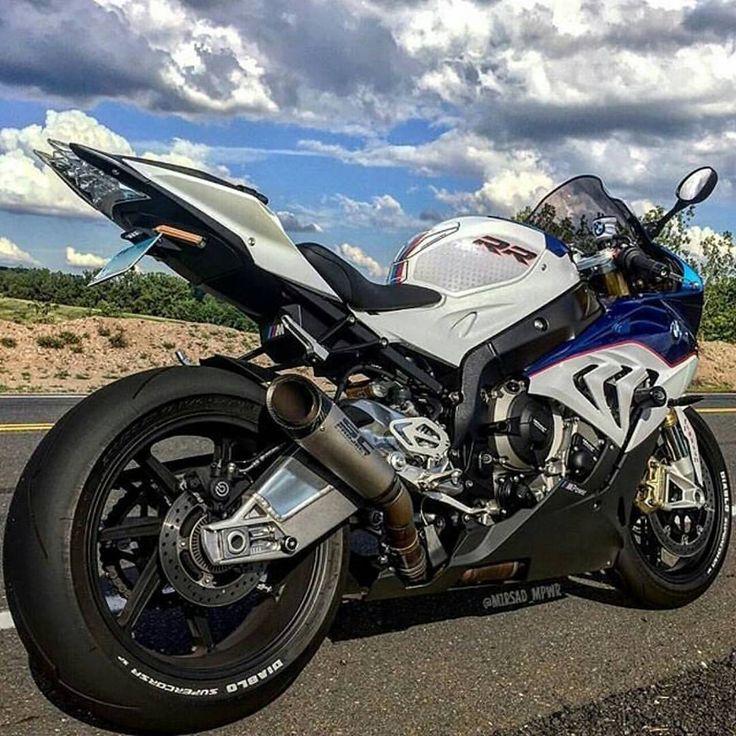 S1000RR @mirsad_mpwr #S1000RR#S1K#chairellbikes4life#BMW