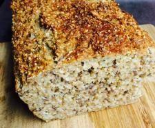 Rezept Eiweißbrot- das beste! (low carb) von Valeria-ihr-Thermi - Rezept der Kategorie Brot & Brötchen