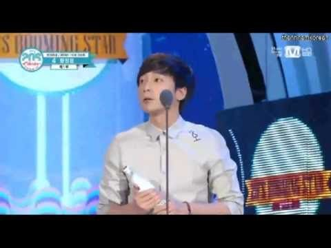 130718 Roy Kim won 20's Booming Star @ 2013 Mnet 20's Choice