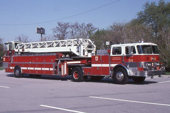 Baltimore MD 1982 Hahn LTI 100' TDA X-Waldorf MD - Fire Apparatus Slide