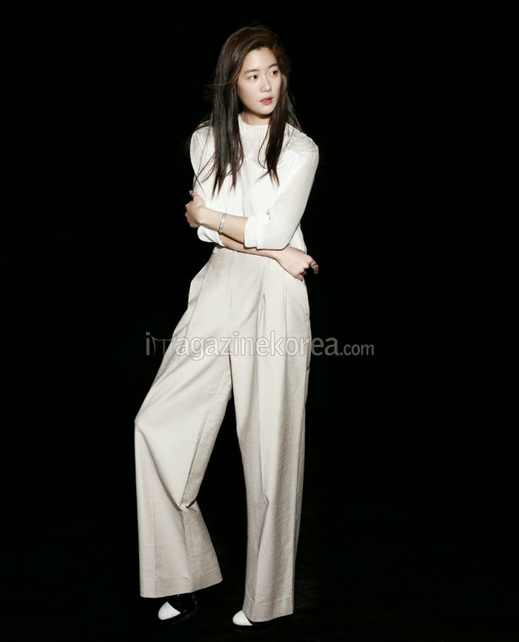 Clara Lee - Harper's Bazaar Magazine February Issue 2014