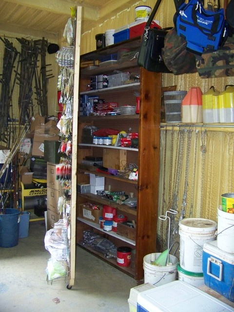 12 best images about tackle room on pinterest garage for How to store fishing rods
