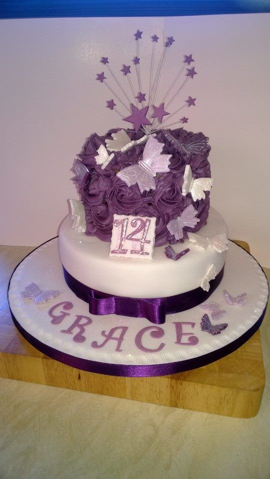 My most recent cake, butterflies and sparkle.