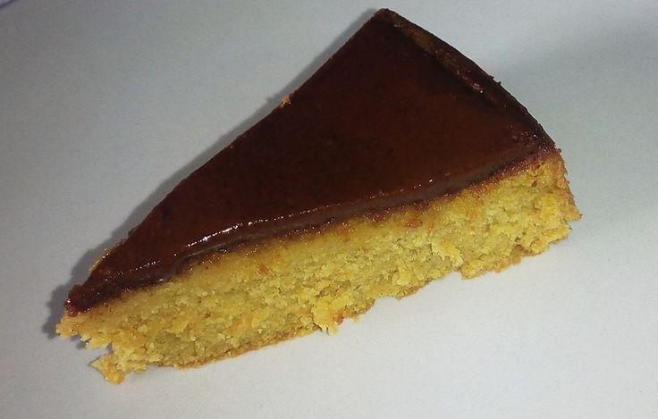 Paleo XXI | Bolo de cenoura paleo... também pode ser feito em forma de muffins