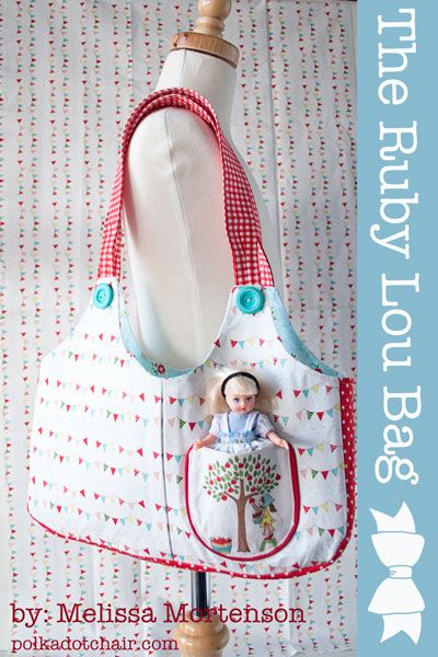 rubyloubag1a.  Tutorial for a DIY bag for a little girl.  No zippers or buttons. Easy tote for a sewing craft project.  Great gift for girls as little as two years old.  Instructions & photo to make your own gift for someone.