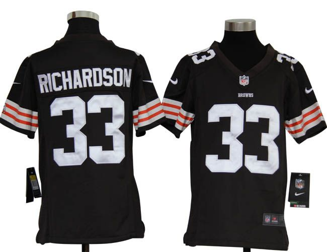 Supply cheap jerseys wholesale associated with school