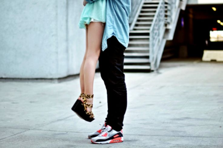6 Reasons To Date A Short Girl