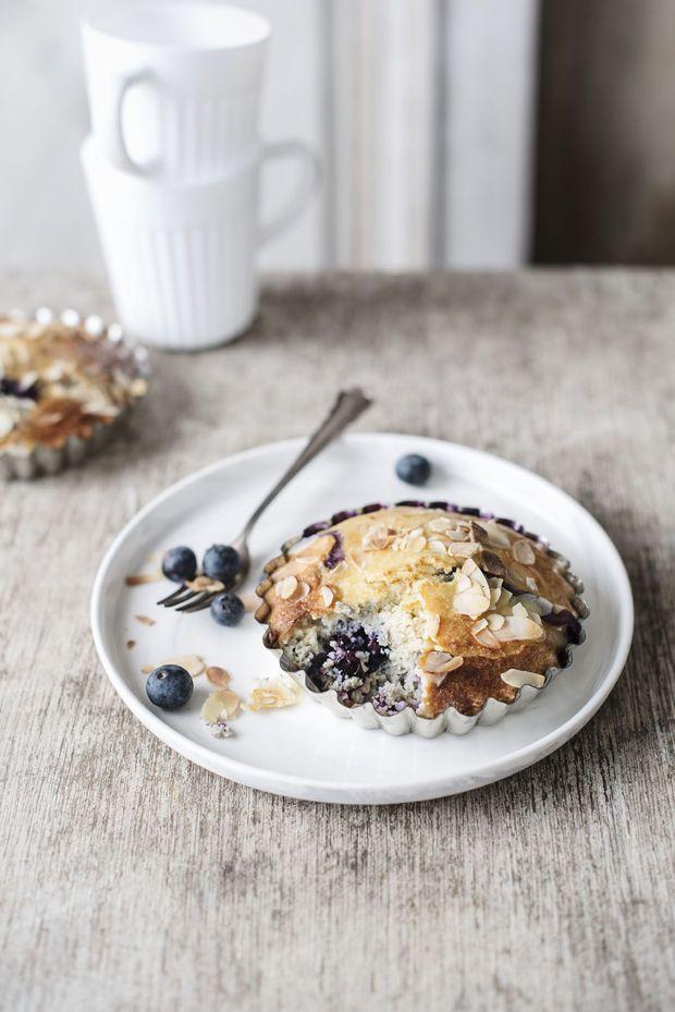#Gezond #gebakje Amandelgebak met blauwe bessen