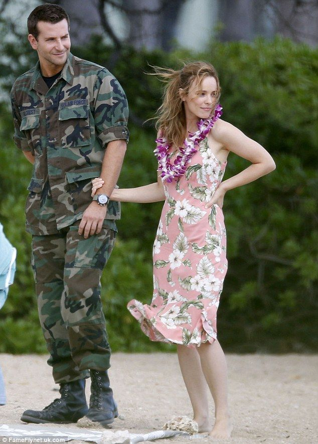 Rachel McAdams and Bradley Cooper in Cameron Crowe's not yet released movie filmed in Hawaii (2015)